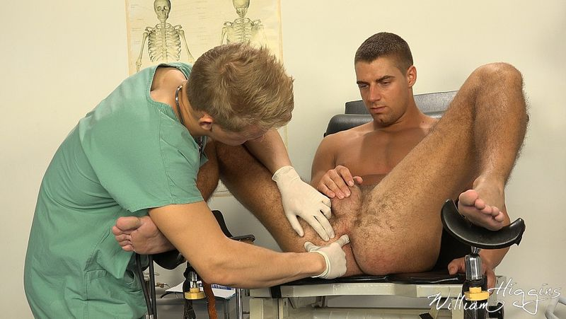 physicals gay porn Medical Exam 10 Dark Bodybuilder Physical massage 29:10.
